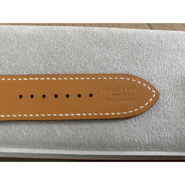 Hermes(エルメス)の1番人気の完売色!!! HERMESアップルウォッチ レザーベルト メンズの時計(レザーベルト)の商品写真