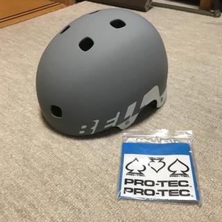 ベル(BELL)の【未使用】BELL スケボー ヘルメット グレー PRO-TECステッカー付き(スケートボード)