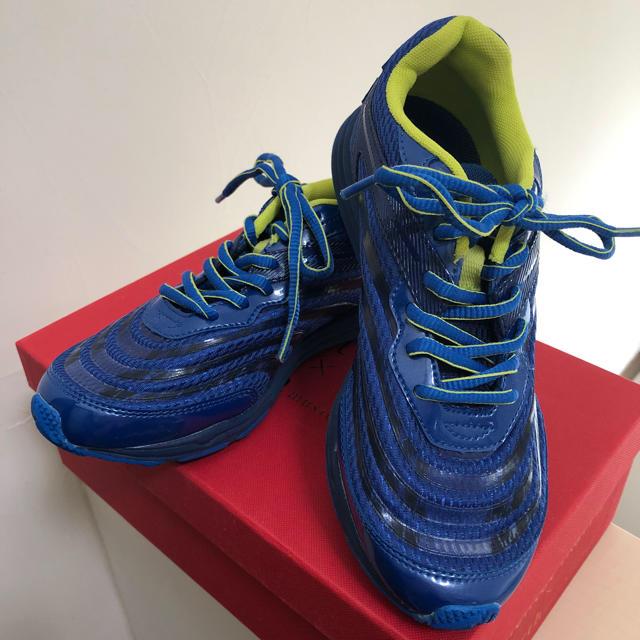 MOONSTAR (ムーンスター)の新品 22cm moonSTAER ムーンスター 男の子 スニーカー 紐 青 キッズ/ベビー/マタニティのキッズ靴/シューズ(15cm~)(スニーカー)の商品写真