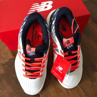 ニューバランス(New Balance)のニューバランス696 23,5cm ソフトテニスオムニクレー用(シューズ)
