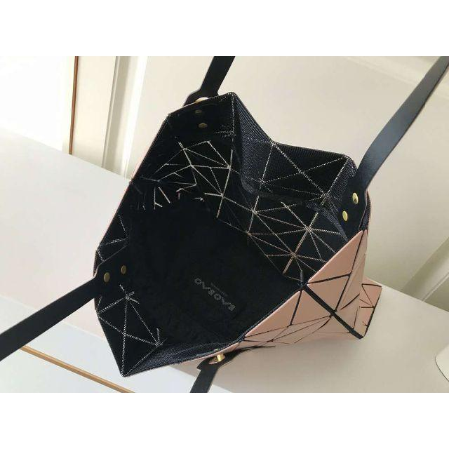 ISSEY MIYAKE(イッセイミヤケ)のBAOBAOトートバッグ レディースのバッグ(トートバッグ)の商品写真