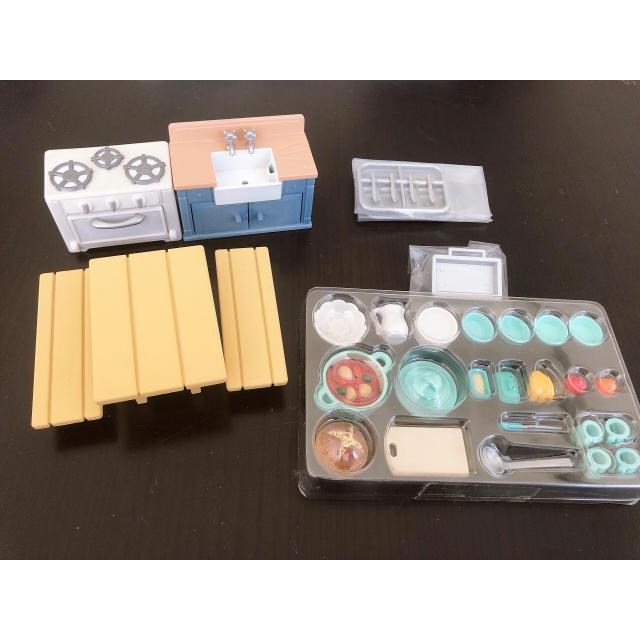 EPOCH(エポック)のシルバニアファミリー ラスティックキッチン 美品 欠品なし エンタメ/ホビーのおもちゃ/ぬいぐるみ(キャラクターグッズ)の商品写真