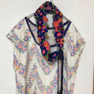 ミナペルホネン(mina perhonen)のmina perhonen flower curtain ワンピース ベルト(ひざ丈ワンピース)