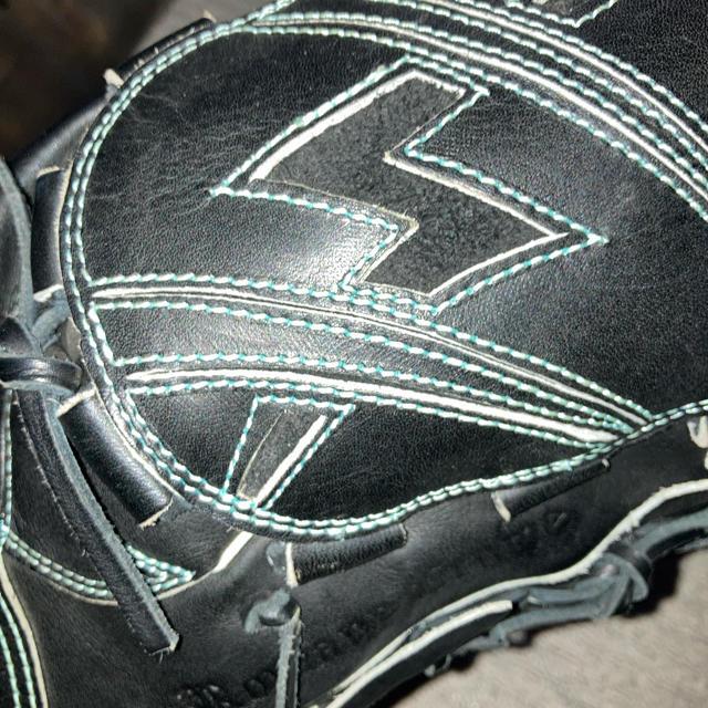 グローブ ピッチャー用 スポーツ/アウトドアの野球(グローブ)の商品写真