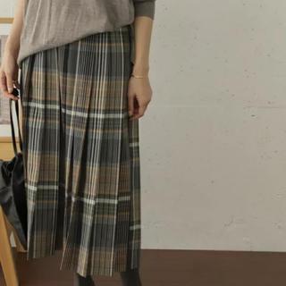 ドアーズ(DOORS / URBAN RESEARCH)の新品タグ付 チェックプリーツロングスカート(ロングスカート)