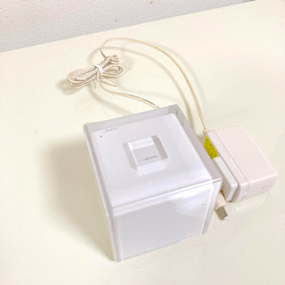 エーユー(au)のau wifiルーター(PC周辺機器)