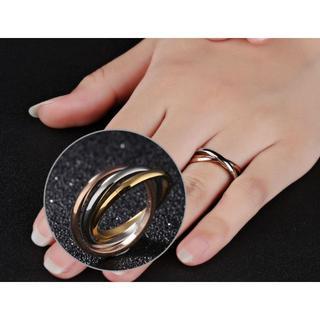 サージカルステンレス 三色三連リング 指輪 トリニティリング(リング(指輪))