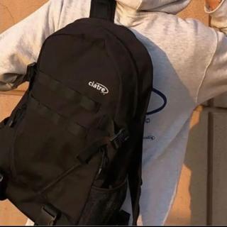 カーハート(carhartt)のシアター リュック バックパック ステッカー付き(バッグパック/リュック)