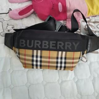 BURBERRY - バーバリーウエストバッグ