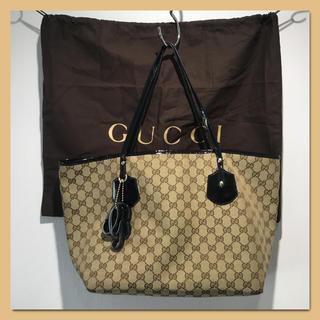 Gucci - GUCCI グッチ キャンバストートバッグ チャーム付