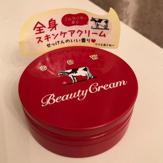 カウブランド(COW)の 赤箱 ビューティクリーム 80g(ボディクリーム)
