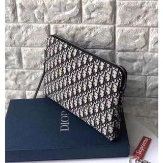 Dior - 【値下げ!】ディオール Diorクラッチバッグ/セカンドバッグ メンズ