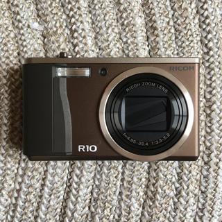 RICOH - RICOH R10