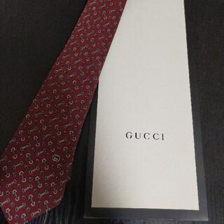 グッチ(Gucci)の【美品】グッチGUCCIネクタイギフトケース付き(ネクタイ)