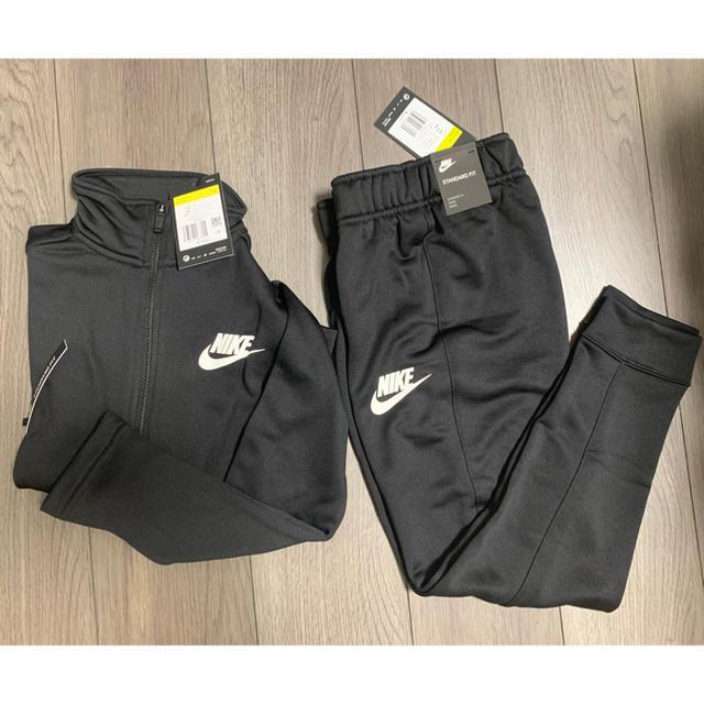 NIKE(ナイキ)の新品 160 ナイキ スポーツウェア ブラックトラックスーツ  キッズ/ベビー/マタニティのキッズ服男の子用(90cm~)(ジャケット/上着)の商品写真