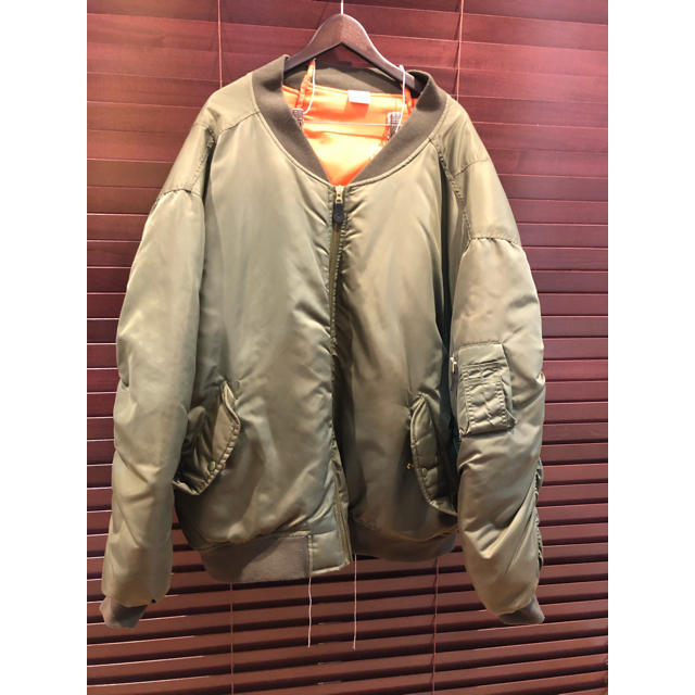 Balenciaga(バレンシアガ)のvetements ma-1 type ヴェトモン  メンズのジャケット/アウター(ミリタリージャケット)の商品写真