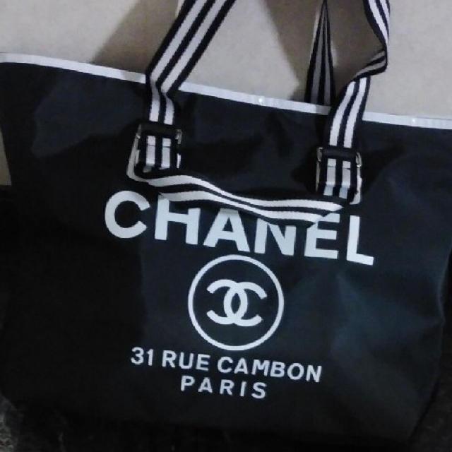 CHANEL(シャネル)のCHANELノベルティ特大トートバッグ レディースのバッグ(トートバッグ)の商品写真
