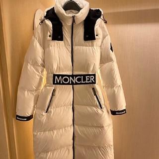 MONCLER - ダウンコート