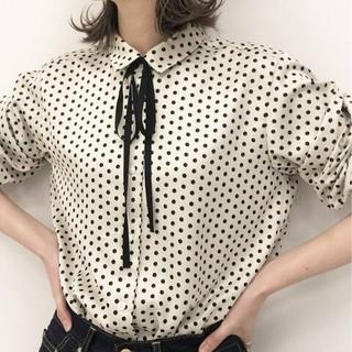 IENA - sese リボンタイドットシャツ