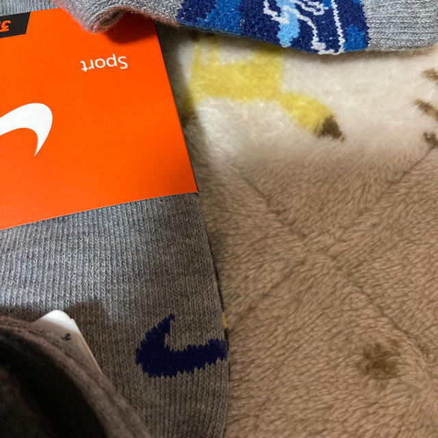 NIKE(ナイキ)の新品 ナイキ靴下  3足 キッズ/ベビー/マタニティのこども用ファッション小物(靴下/タイツ)の商品写真