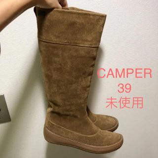 カンペール(CAMPER)の試着のみ 未使用♡ロングブーツ  スエードブーツ サイズ39  バーバリー(ブーツ)