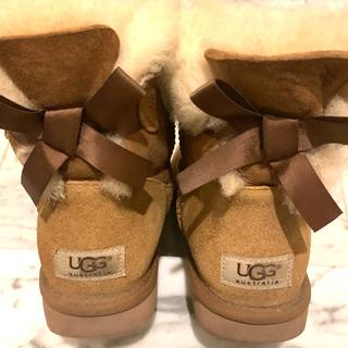 アグ(UGG)のUGG リボンムートンブーツ キャメル(ブーツ)
