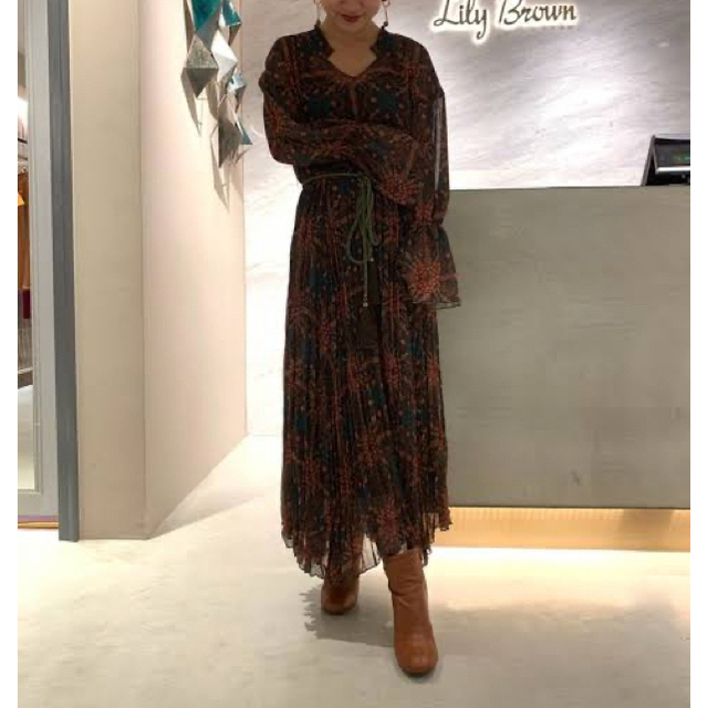 Lily Brown(リリーブラウン)のonepiece レディースのワンピース(ロングワンピース/マキシワンピース)の商品写真