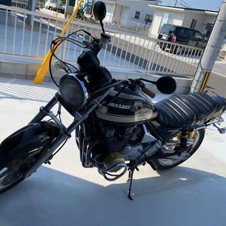 カワサキ - ゼファー400.