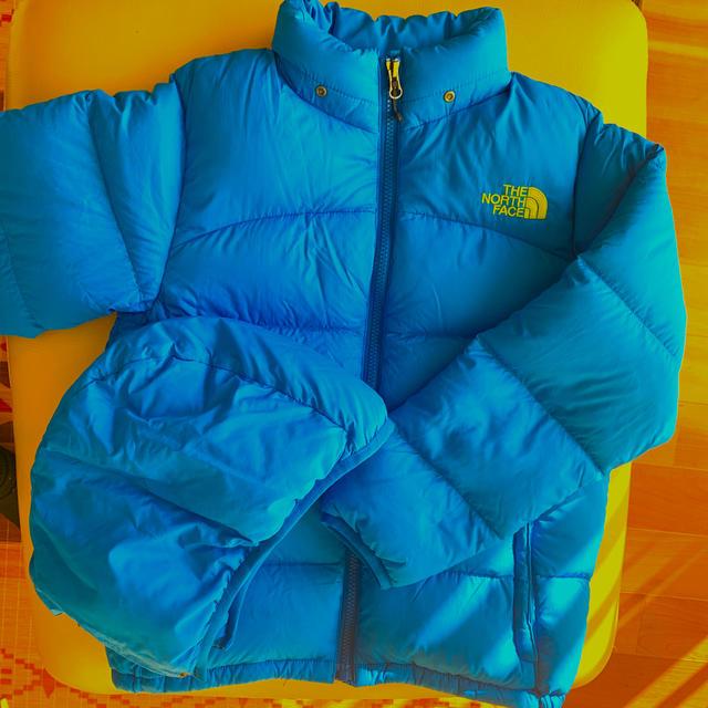 THE NORTH FACE(ザノースフェイス)のザ ノースフェイス キッズ ダウン ジャケット 140 メンズのジャケット/アウター(ダウンジャケット)の商品写真