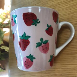 【新品ラクマ最安価格】キャスキッドソン♡いちご♡マグカップ♡ストロベリー♪