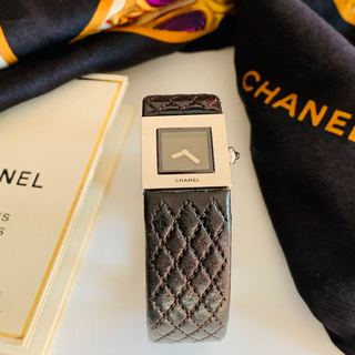CHANEL - 正規品  シャネルマトラッセ 腕時計  稼働品   国際保証書付