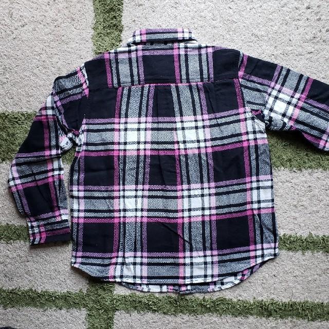 GU(ジーユー)のGU 長袖シャツ 130㎝ キッズ/ベビー/マタニティのキッズ服女の子用(90cm~)(ブラウス)の商品写真