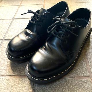 ドクターマーチン(Dr.Martens)の Dr.Martens 3ホールの白ステッチ UK7(ブーツ)