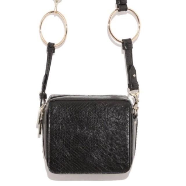FRAY I.D(フレイアイディー)のフレイアイディー♡クロコレザーショルダーバッグ レディースのバッグ(ショルダーバッグ)の商品写真