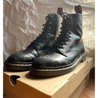 UNDERCOVER - UNDERCOVER  supreme Dr.Martens 8ホール UK7