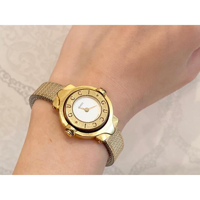 Gucci(グッチ)のGUCCI グッチ 回転式 レディース 腕時計 クオーツ GP ホワイト文字盤 レディースのファッション小物(腕時計)の商品写真