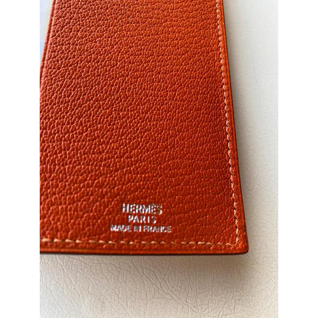Hermes(エルメス)のHERMES エルメスブックカバー  オレンジ カレ物語 文庫本付 レディースのファッション小物(その他)の商品写真