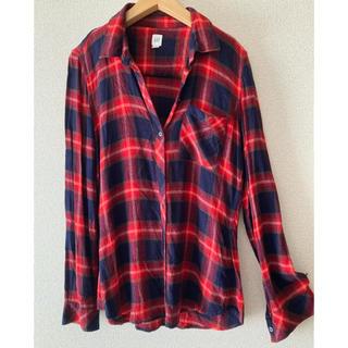 ギャップ(GAP)のGAP 赤 ネルシャツ(シャツ/ブラウス(長袖/七分))