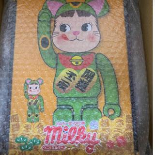 メディコムトイ(MEDICOM TOY)のキキ様専用 蛍光グリーン 招き猫 即購入OK!! BE@RBRICK (その他)