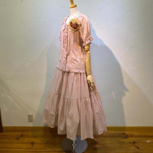 PINK HOUSE(ピンクハウス)のピンクハウス ブラウス&スカートのセット。ストローハットのコサージュは別売❗️ レディースのレディース その他(セット/コーデ)の商品写真