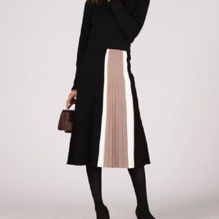 JUSGLITTY - クイーンズコート 《手洗い可能》縦配色柄編みニットフレアスカート