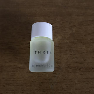 スリー(THREE)のスリー バランシング SQオイルR(美容液)