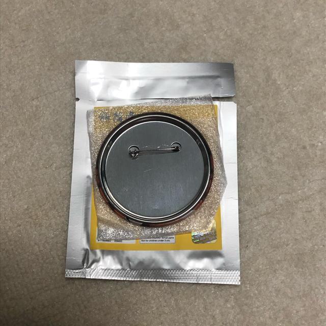 防弾少年団(BTS)(ボウダンショウネンダン)のTXT ヨンジュン 缶バッジ 公式 エンタメ/ホビーのCD(K-POP/アジア)の商品写真