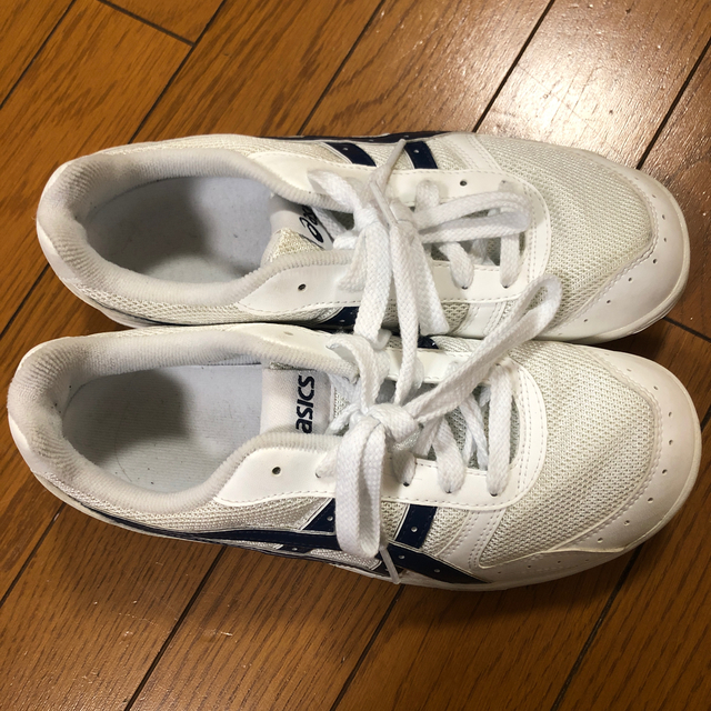 asics(アシックス)のasics アシックス 通学 スニーカー 24.5 男の子 女の子 レディースの靴/シューズ(スニーカー)の商品写真