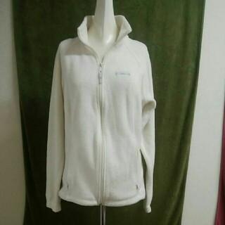 コロンビア(Columbia)のColumbiaコロンビア フリースジャケット 白 レディースM-L相当  (登山用品)
