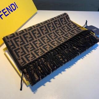 FENDI - 【超美品】FENDI マフラー