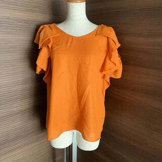 ローズバッド(ROSE BUD)のローズバッド オレンジ フリルブラウス(シャツ/ブラウス(半袖/袖なし))