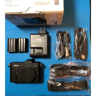 Nikon - ☆★Nikon 1 V1 ショット数1,922の美品です。