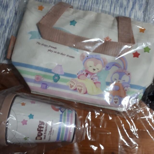 ダッフィー(ダッフィー)の新品 ダッフィーフレンズ タンブラー オータム 保冷バック お弁当 エンタメ/ホビーのおもちゃ/ぬいぐるみ(キャラクターグッズ)の商品写真