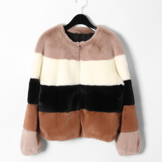 cnb様 専用 11/1まで グレースコンチネンタル エコファーマルチブルゾン レディースのジャケット/アウター(毛皮/ファーコート)の商品写真